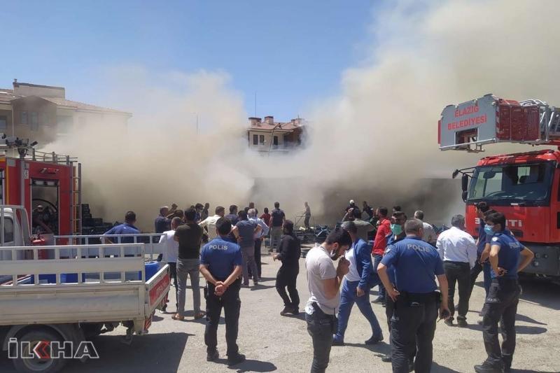 Elazığ'da sebze hali deposunda yangın