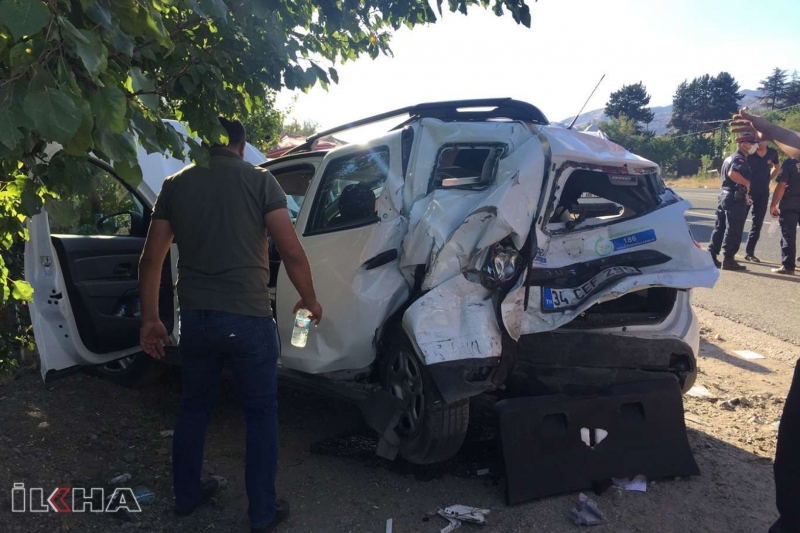Elazığ'da zincirleme trafik kazası: 8 yaralı