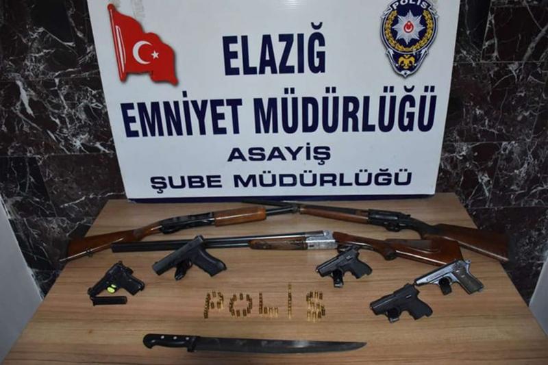 Elâzığ'da asayiş uygulamalarında 40 kişi tutuklandı