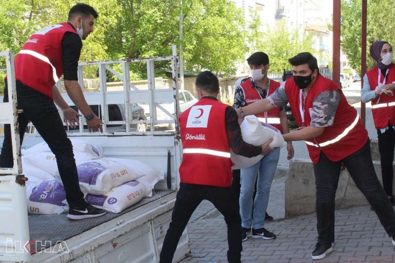 Kızılay Kovancılar 'da 2 bin aileye 1 milyon TL yardımda bulundu